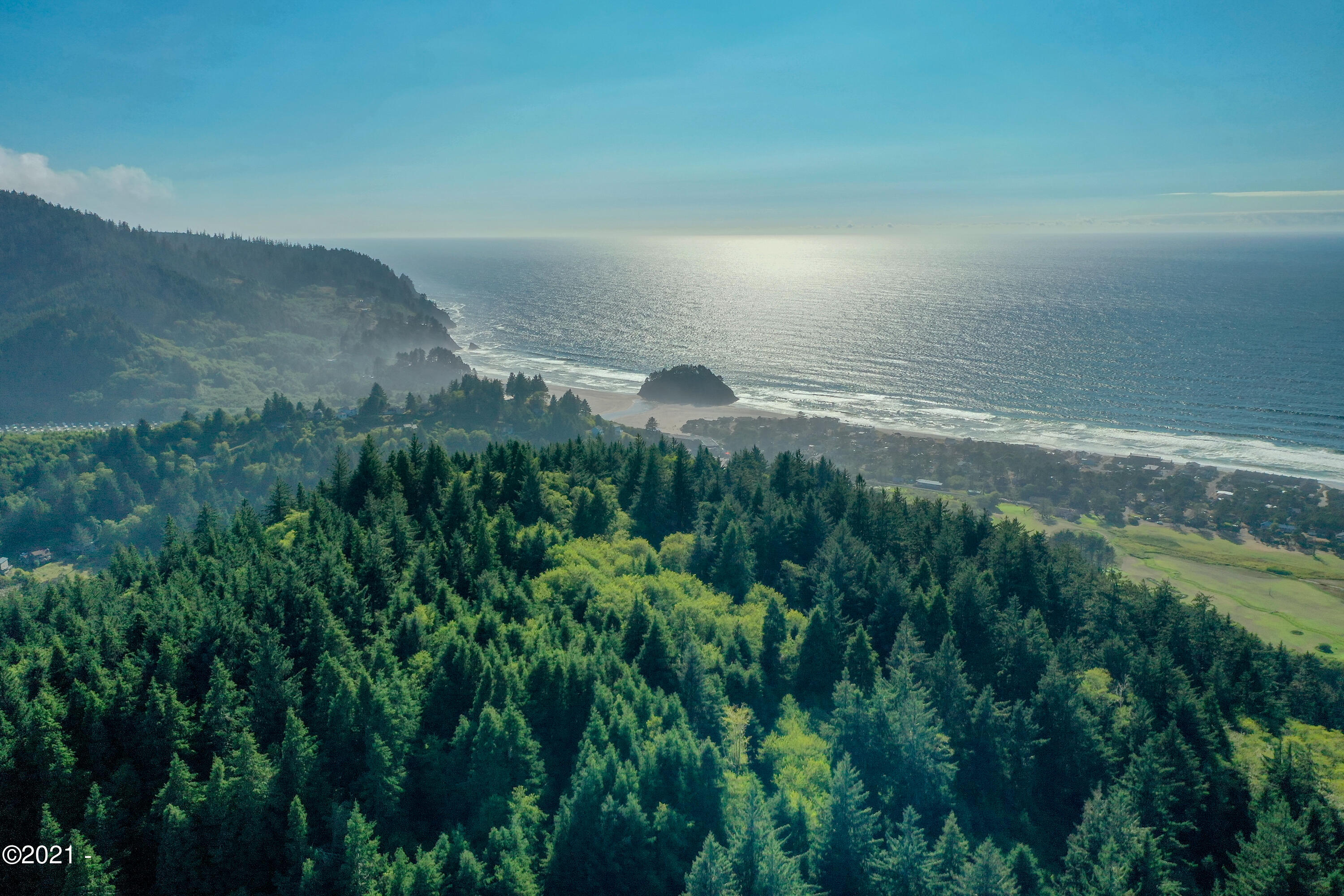7200 Sunbow Dr, Neskowin, OR 97149
