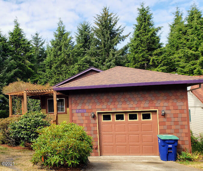 3411 SE Fleet Ave, Lincoln City, OR 97367 - Front - Photo1