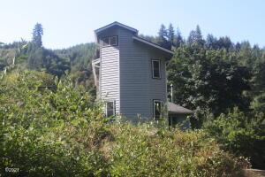 17255 Harlan Rd, Eddyville, OR 97343 - Rear of Home