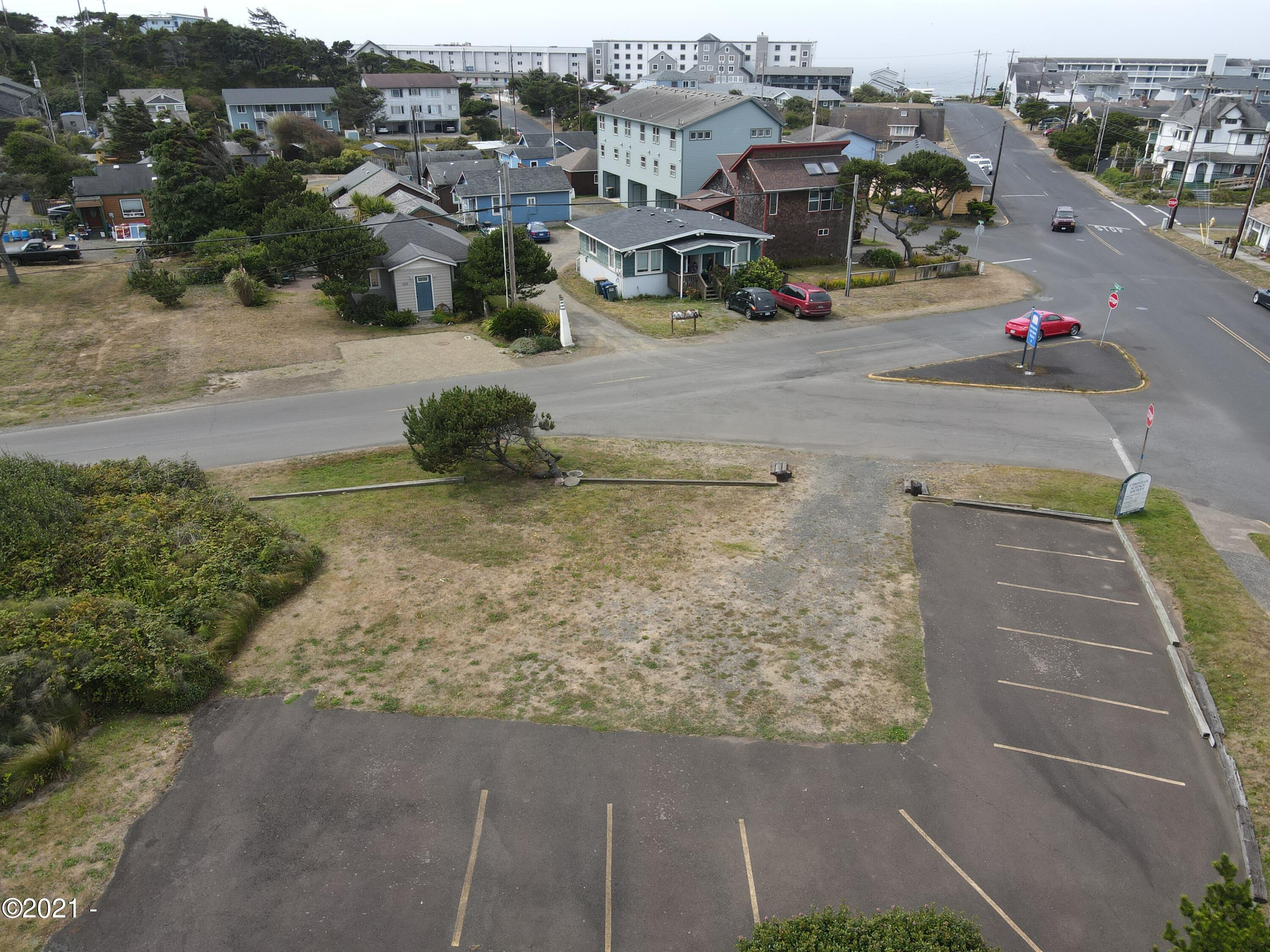 TL 1401 SW 2nd St, Newport, OR 97365 - Lot from east
