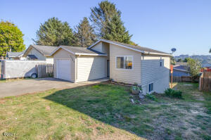 1754 NE 13th St, Lincoln City, OR 97367 - Street View