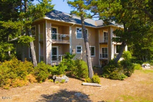 1692 SW 69th ST, Lincoln City, OR 97367