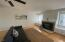 1123 SW 10th St, Lincoln City, OR 97367 - Living Room