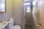 315 SW 29th St, Newport, OR 97365 - Bathroom #1