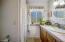 909 SW 10th Pl, Lincoln City, OR 97367 - Master Bathroom Overview
