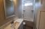 2986 NW Lee Ave, Lincoln City, OR 97367 - guest bath
