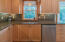 201 NW 8th St, Newport, OR 97365 - Kitchen