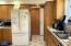 100 E Rosebud Ln, Tidewater, OR 97390 - kitchen..