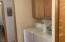 100 E Rosebud Ln, Tidewater, OR 97390 - Laundry