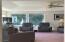 100 E Rosebud Ln, Tidewater, OR 97390 - Living room