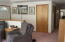 100 E Rosebud Ln, Tidewater, OR 97390 - Livingroom