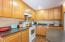 4870 Cloudcroft Ln, Florence, OR 97439 - Kitchen
