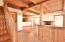4606 SW Beach Ave, Lincoln City, OR 97367 - Entryway