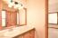 4606 SW Beach Ave, Lincoln City, OR 97367 - Master Bathroom