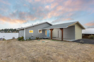 3749 NE 12th St, Otis, OR 97368 - Front of House