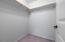 574 SE Neptune Ave, Lincoln City, OR 97367 - walkin closet