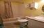 1445 SE 2nd Pl, Lincoln City, OR 97367 - Bathroom