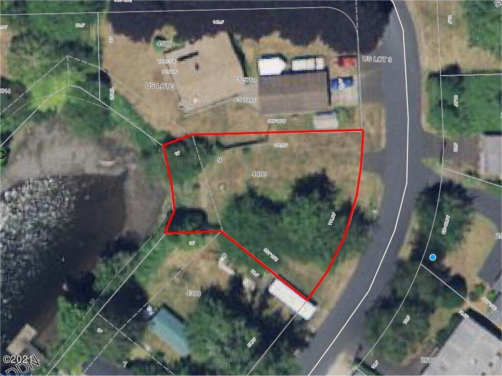 430 E Evans Dr, Tidewater, OR 97390