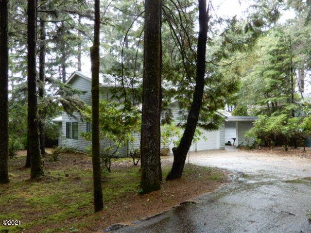 1275 Walking Wood, Depoe Bay, OR 97341 - Front view