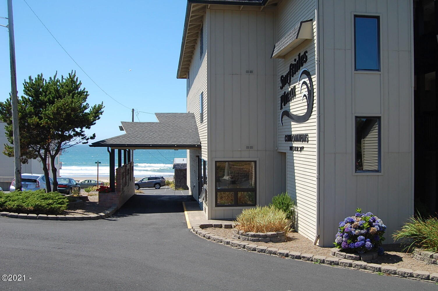 1415 NW 31st Pl, 266, Lincoln City, OR 97367 - Surftides Plaza office