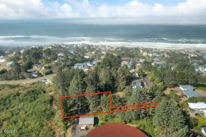 2801 NE Port Ln, Lincoln City, OR 97367 - Drone View