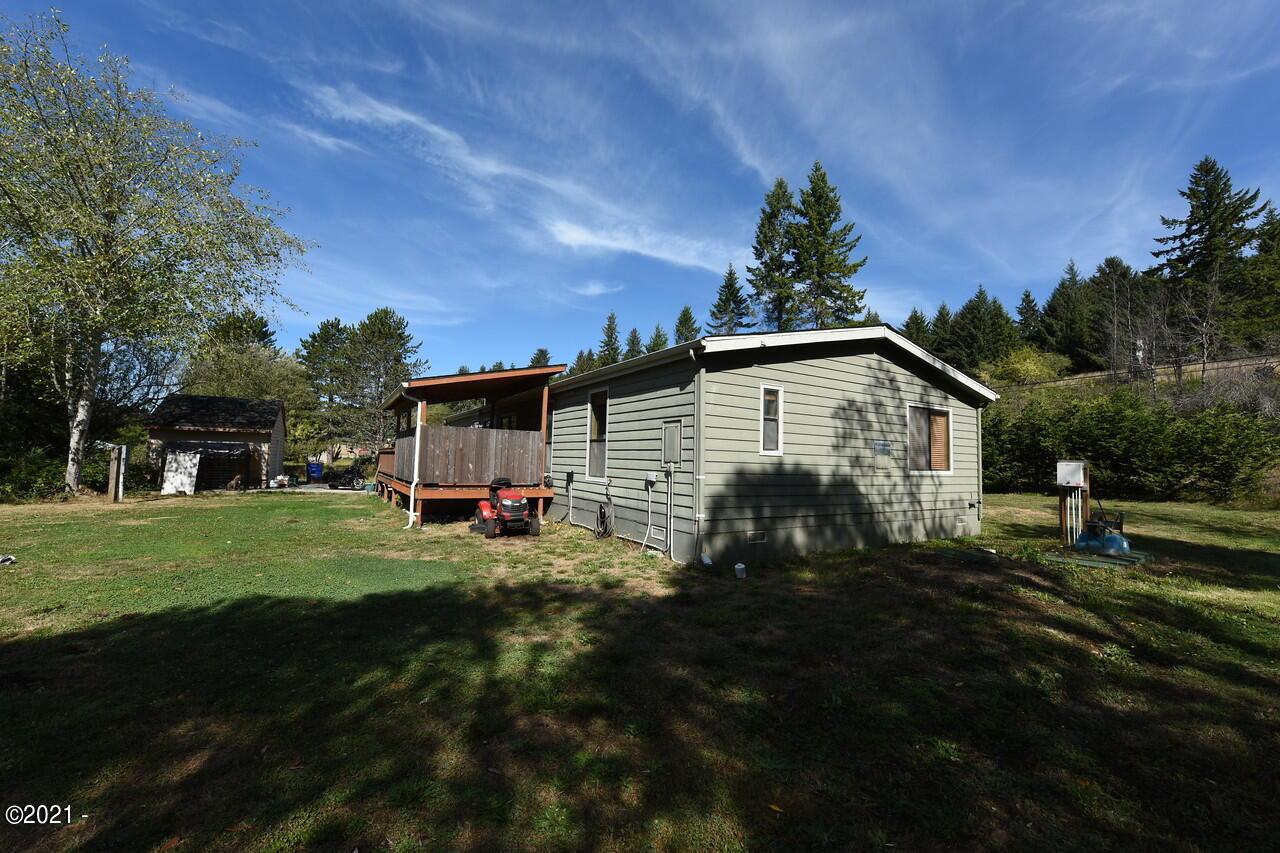 55 N Kokanee Ln, Otis, OR 97368 - Exterior1