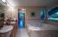 1200 NE Lakewood Dr, Newport, OR 97365 - Double sink