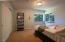 1200 NE Lakewood Dr, Newport, OR 97365 - natural light
