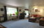 12344 SE Paradise Ln, South Beach, OR 97366 - Living room