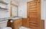 5910 Summerhouse Ln, Pacific City, OR 97135 - Bathroom