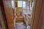434 NE 8th St, Newport, OR 97365 - Bathroom