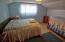434 NE 8th St, Newport, OR 97365 - 3 bedroom Up