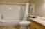 939 NW Hwy 101, C418 WEEK A, Depoe Bay, OR 97341 - Bathroom 2