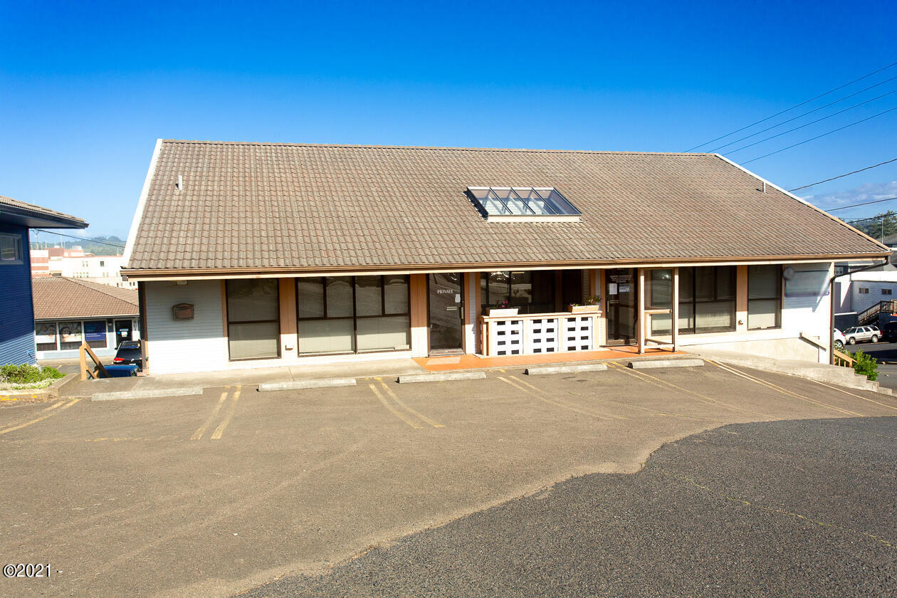 344 SW 7th Suite D St, Newport, OR 97365 - Office Space