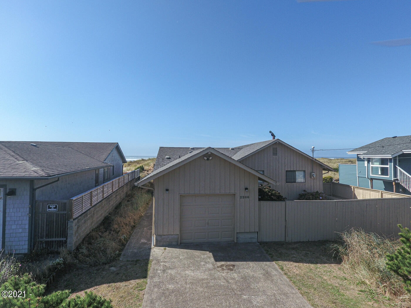 2206 NW Oceania Dr, Waldport, OR 97394