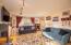 1024 NE Fogarty St, Newport, OR 97365 - Living Room