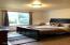 235 NE Evergreen Ln, Yachats, OR 97498 - Large deck and backyard