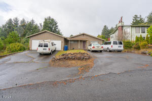 4331 SE Inlet Ave, Lincoln City, OR 97367 - Main