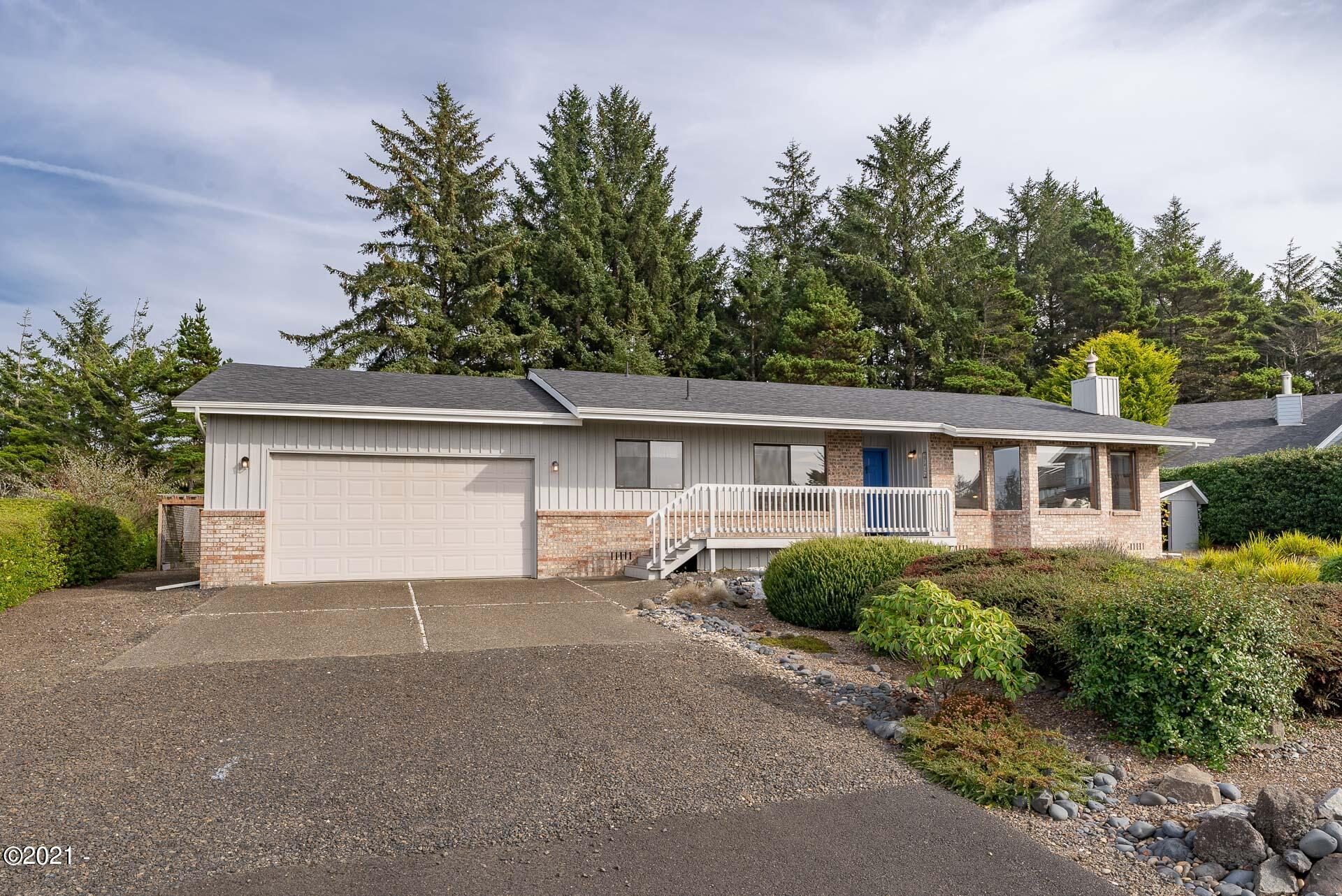 2742 Nw Seafarer Court, Waldport, OR 97394 - 2742 NW Seafarer Ct.