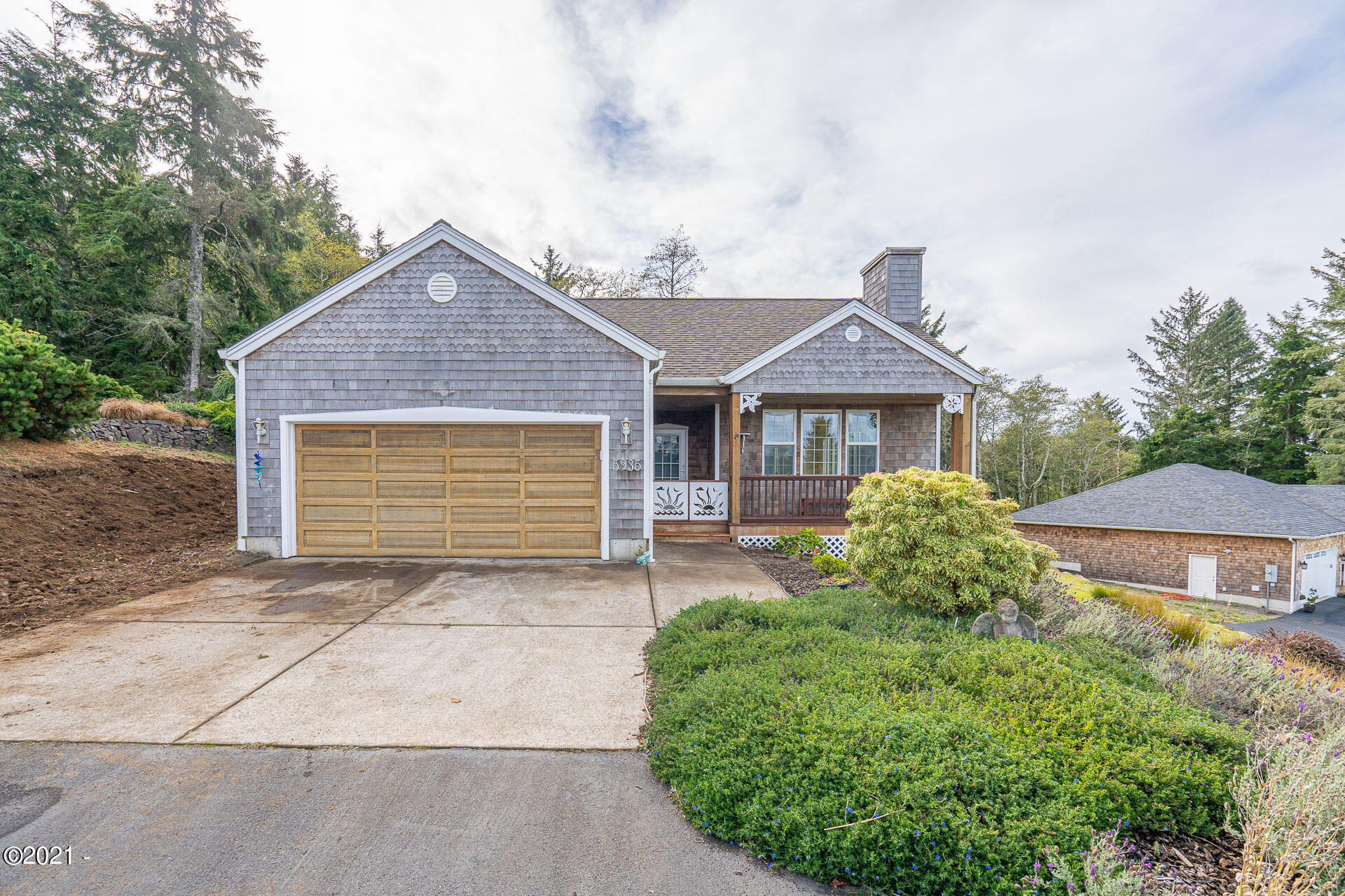 5935 Pacific Overlook Dr, Neskowin, OR 97149 - 20201116011524096211000000-o