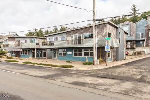 45 NE Lane St, 2, Depoe Bay, OR 97341 - 45NELane-web-127