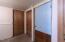 356 SE Alder St, Toledo, OR 97391 - Storage Vestibule