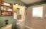 955 SE Gaither Way, Toledo, OR 97391 - Bathroom