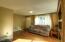 955 SE Gaither Way, Toledo, OR 97391 - Living Room 3