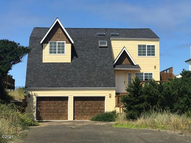 1402 NW Oceania Dr, Waldport, OR 97394