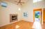 4340 SE Ellis St, Newport, OR 97366 - Living Room