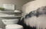 985 SW Skyline Ter, Waldport, OR 97394 - En suite