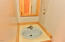 211 NE San-bay-o Cir, Newport, OR 97365 - Basement Bathroom