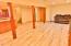 211 NE San-bay-o Cir, Newport, OR 97365 - Family Room