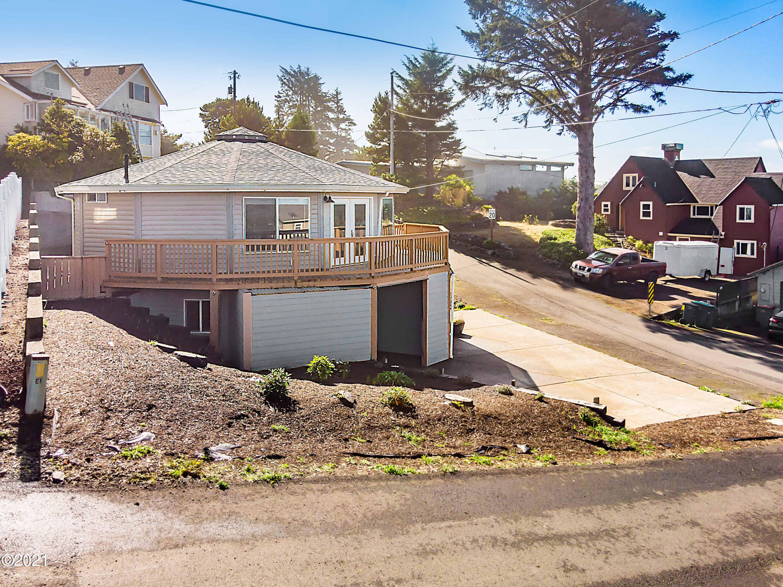 510 SW Coast Ave A & B, Depoe Bay, OR 97341